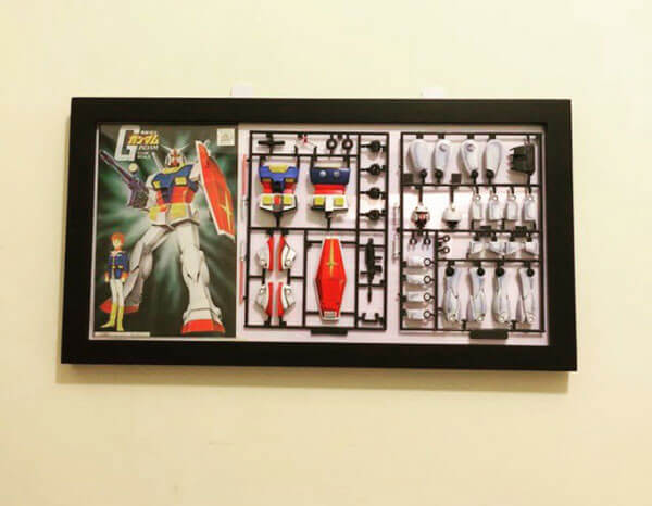Dispaly Gunpla in Frame photo
